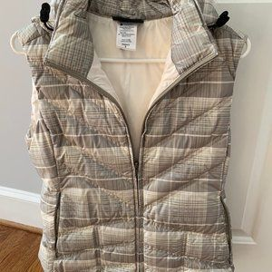 Patagonia Hooded Puffer Vest Sz S